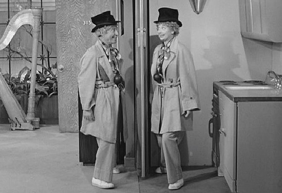 """Whoda thunk Lucy's screwball scheming would lead to her getting to do a """"mirror exercise"""", expertly executed, with Harpo Marx???"""