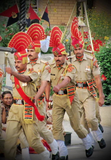 Several terrifying Indian guards. Believe it or not, their nemisis, the Pakistani guards, are equally as terrifying.