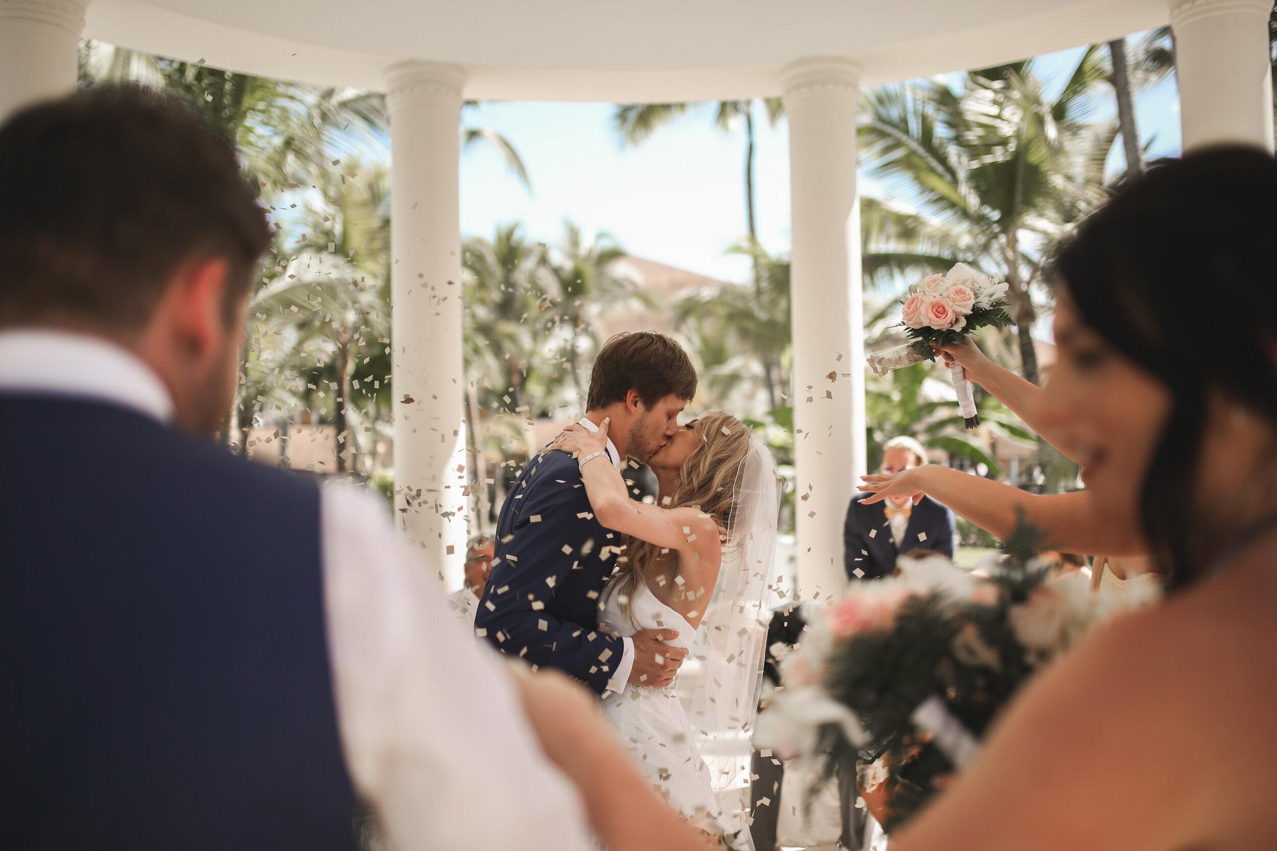 17 Adam Ziorio Photography - Aaron & Rhiannon Wedding.jpg