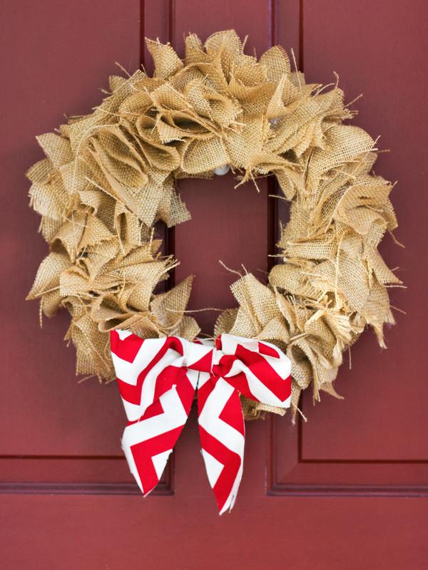 burlap-wreath-1.jpg