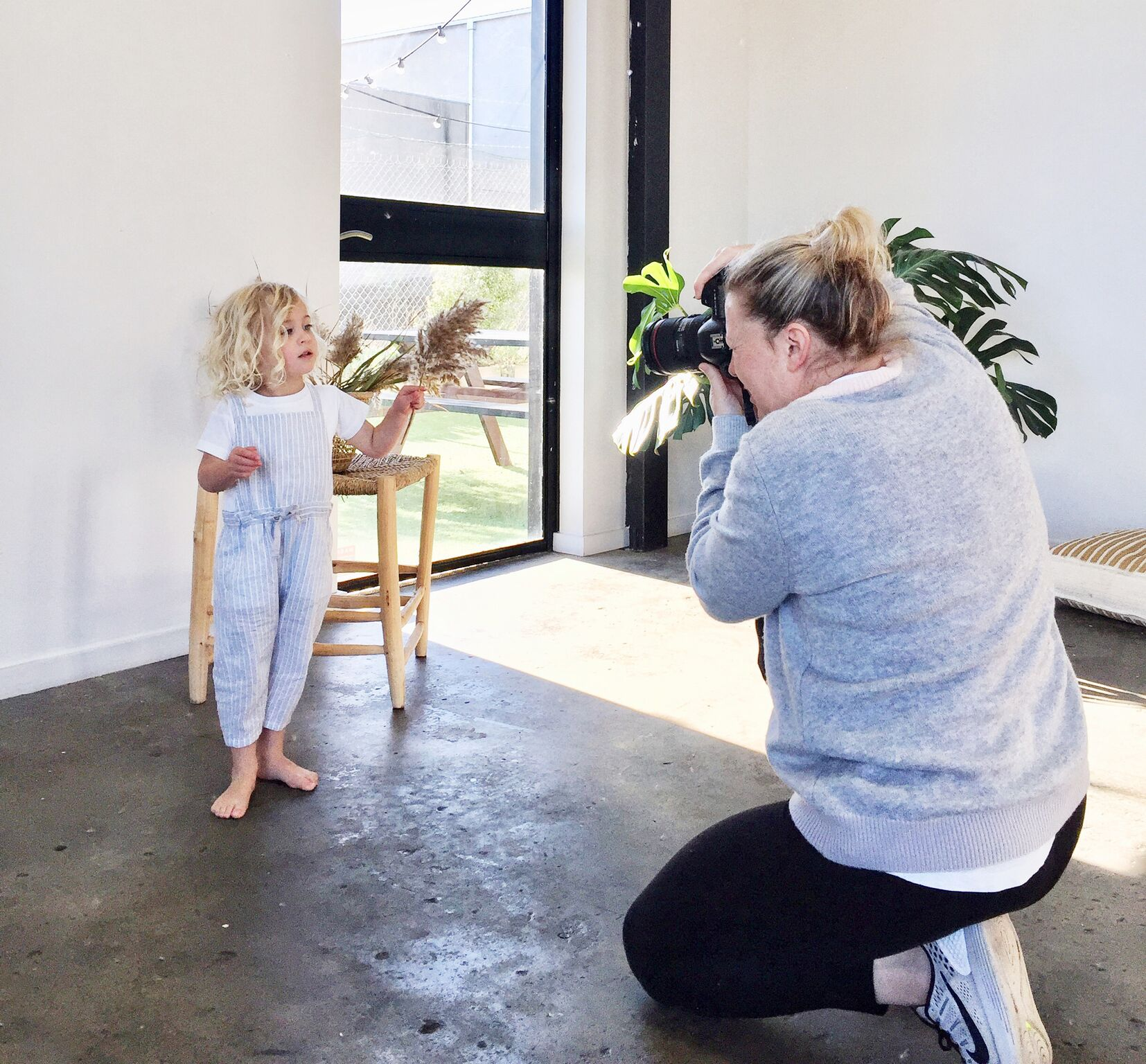 photoshoot-booking-the-nook-creative-space-hire-mornington-1000px-0024.jpg