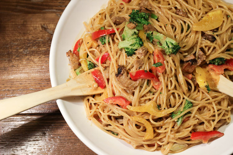 111813-szechuan-noodles-(1)-web.jpg