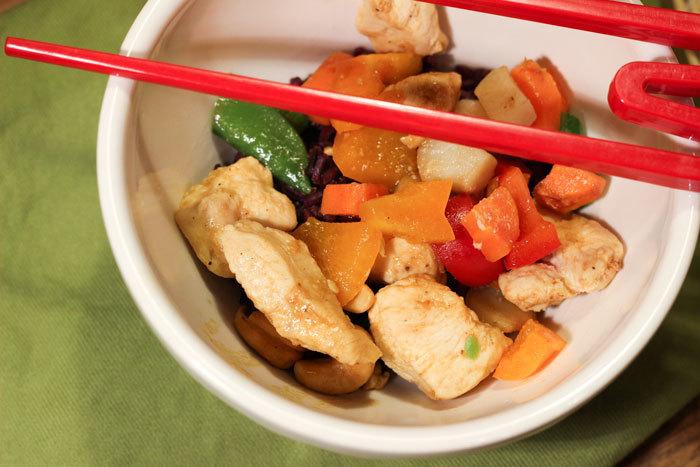 112013-cashew-chicken2-web.jpg