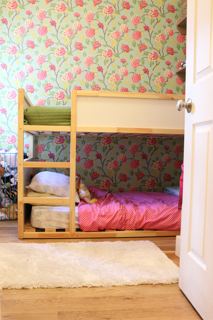 012515-doll-closet-welcome.jpg