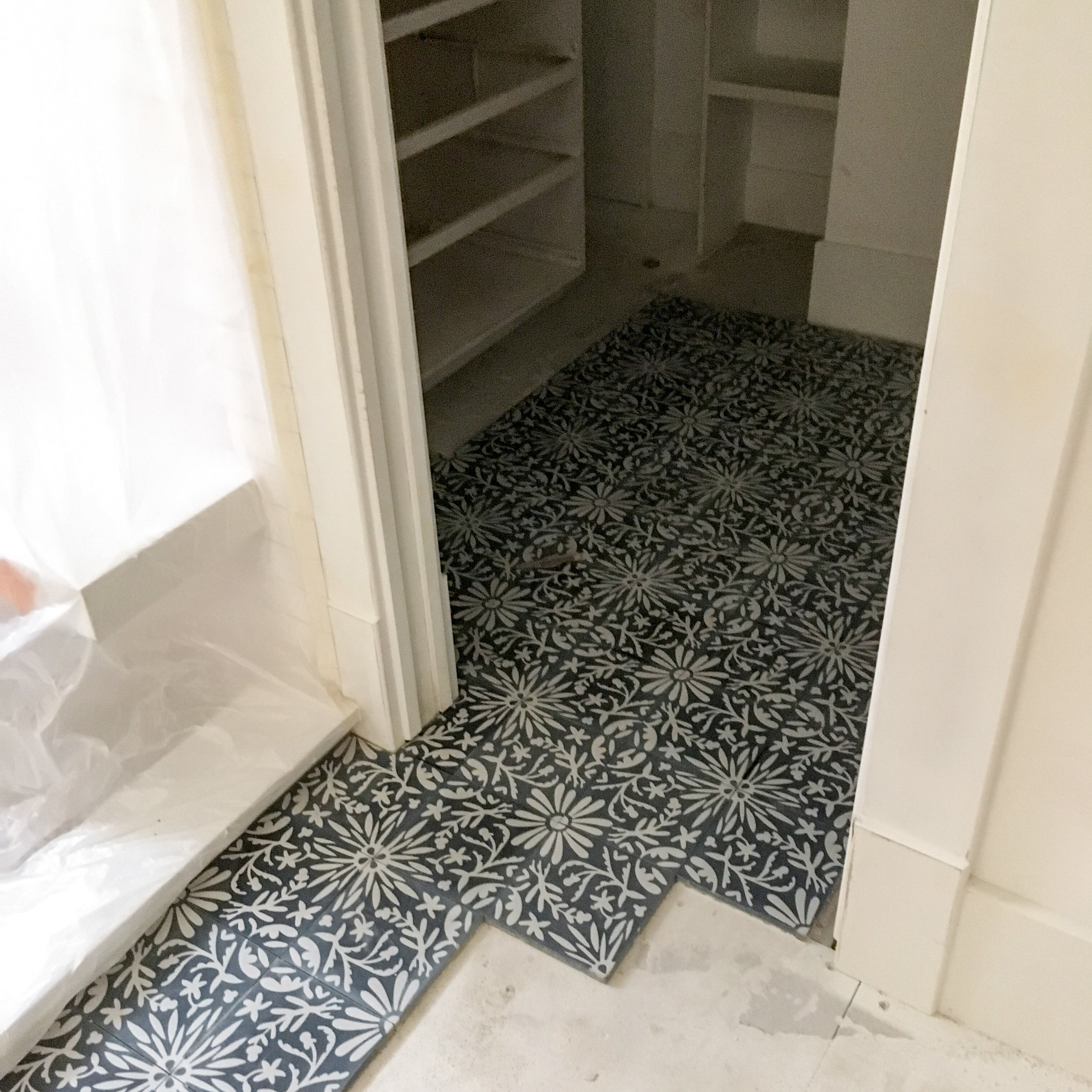 master bath floor tile.JPG