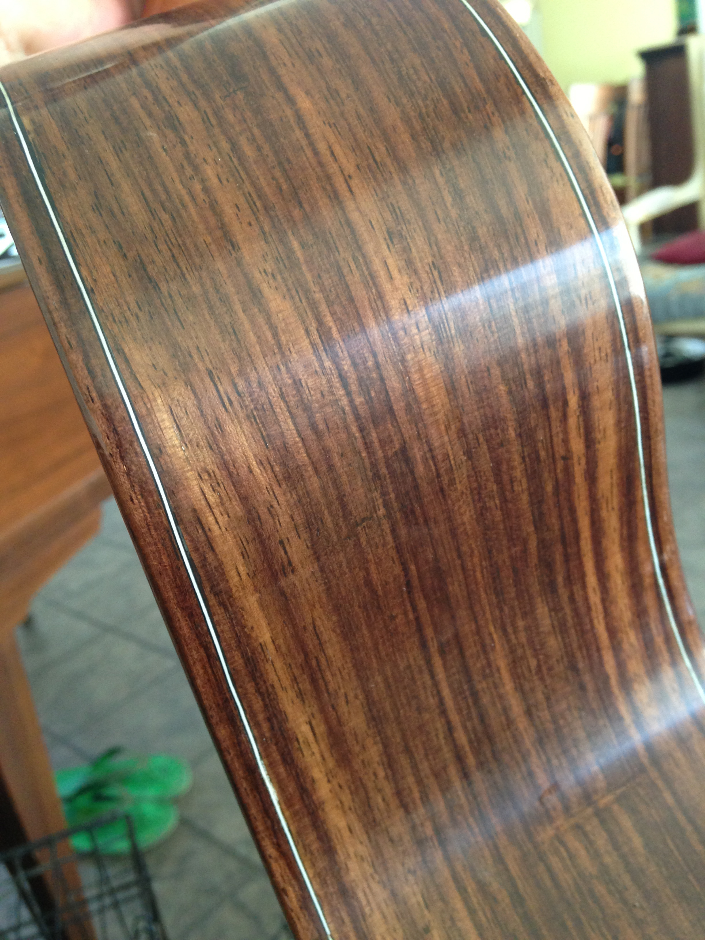 Indian rosewood sides detail