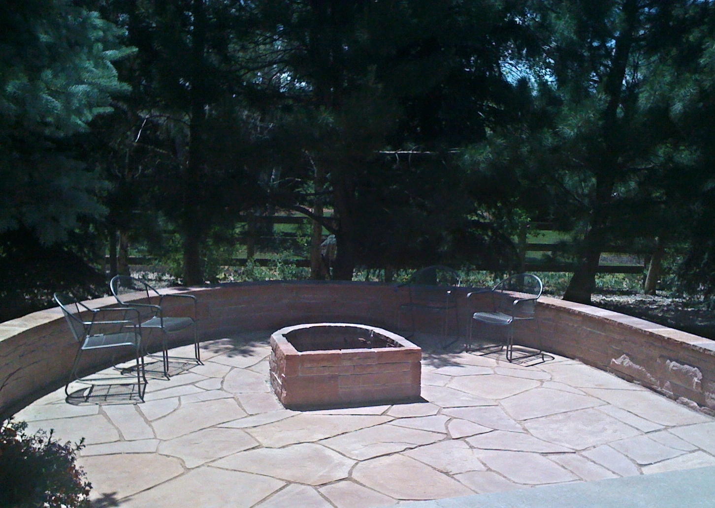 Red Flagstone Patio with Natural Gas Firepit.