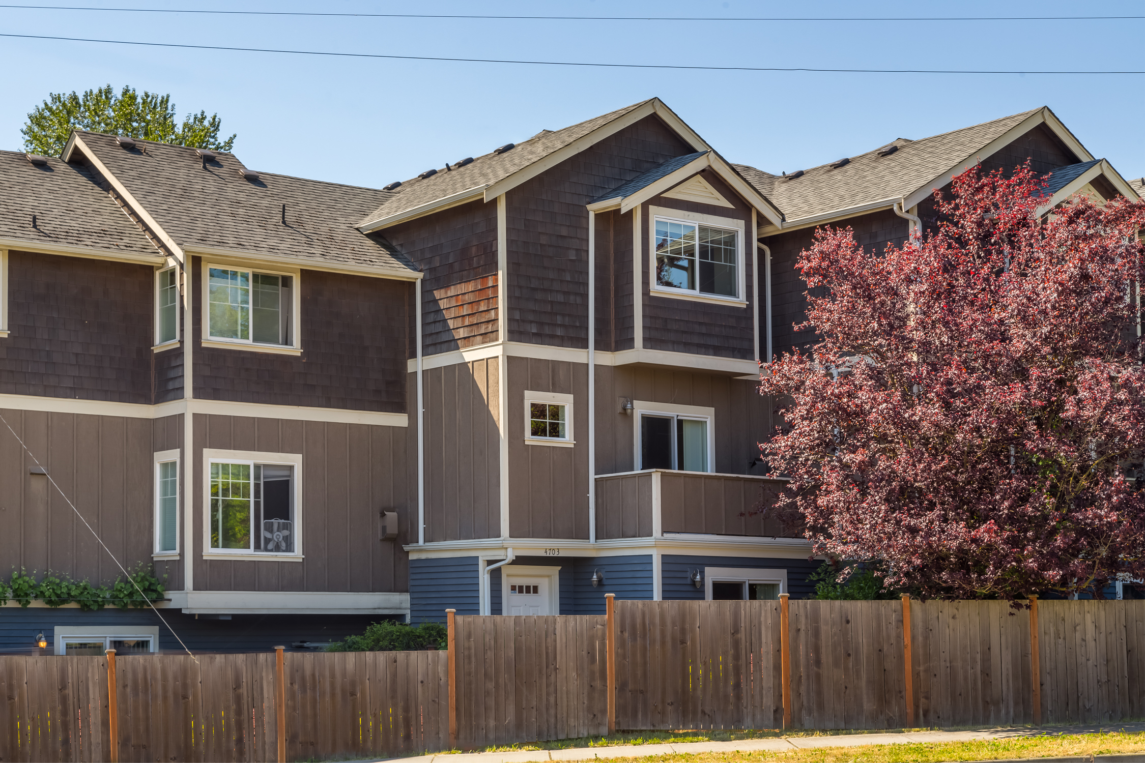 Sand Point Town Home | SOLD at $750,000