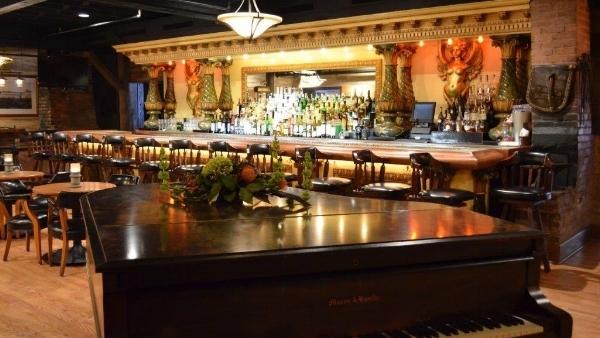Main Bar_.jpg