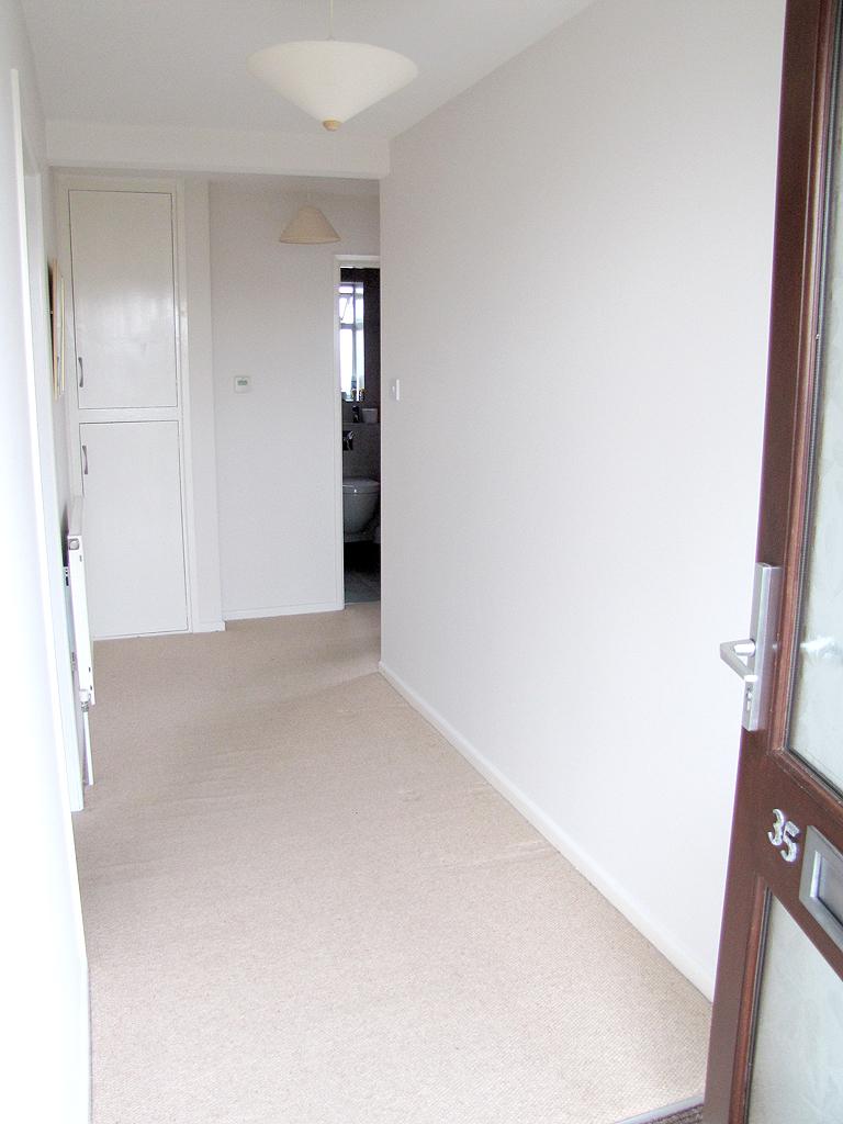 Empty hallway 1.jpg