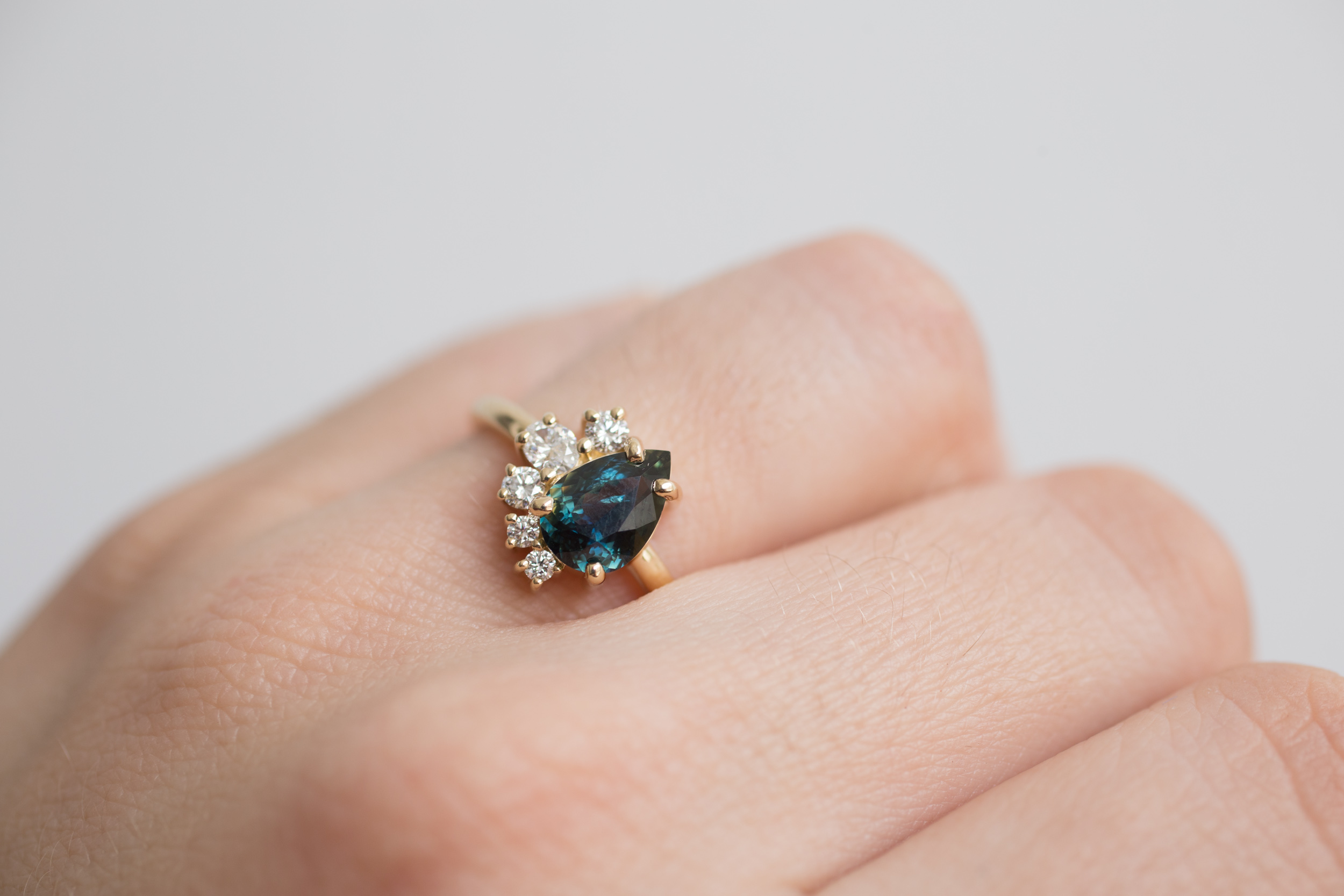 Eli Ring Bicolor Sapphire Diamond Cluster-1.jpg