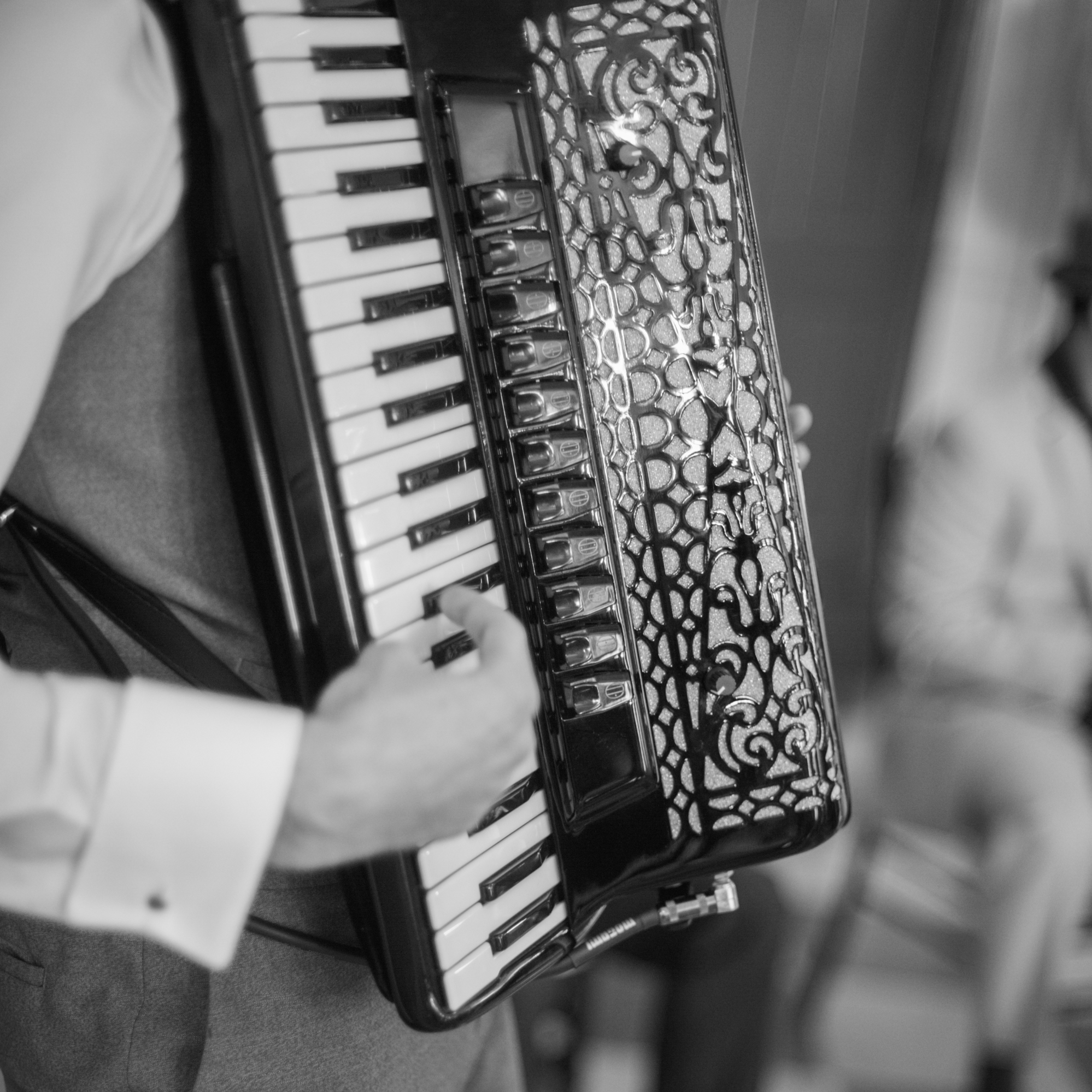 wedding-jazz-band-accordion