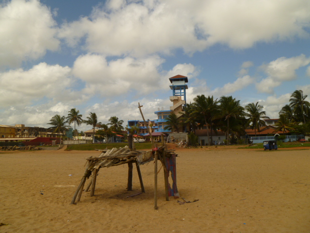 A cute little fort on the beach. The blue tower in the background is the Rani Beach Resort, our hotel.