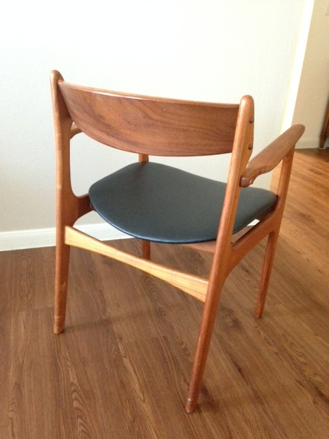 See the great condition this chair is in after over half a century