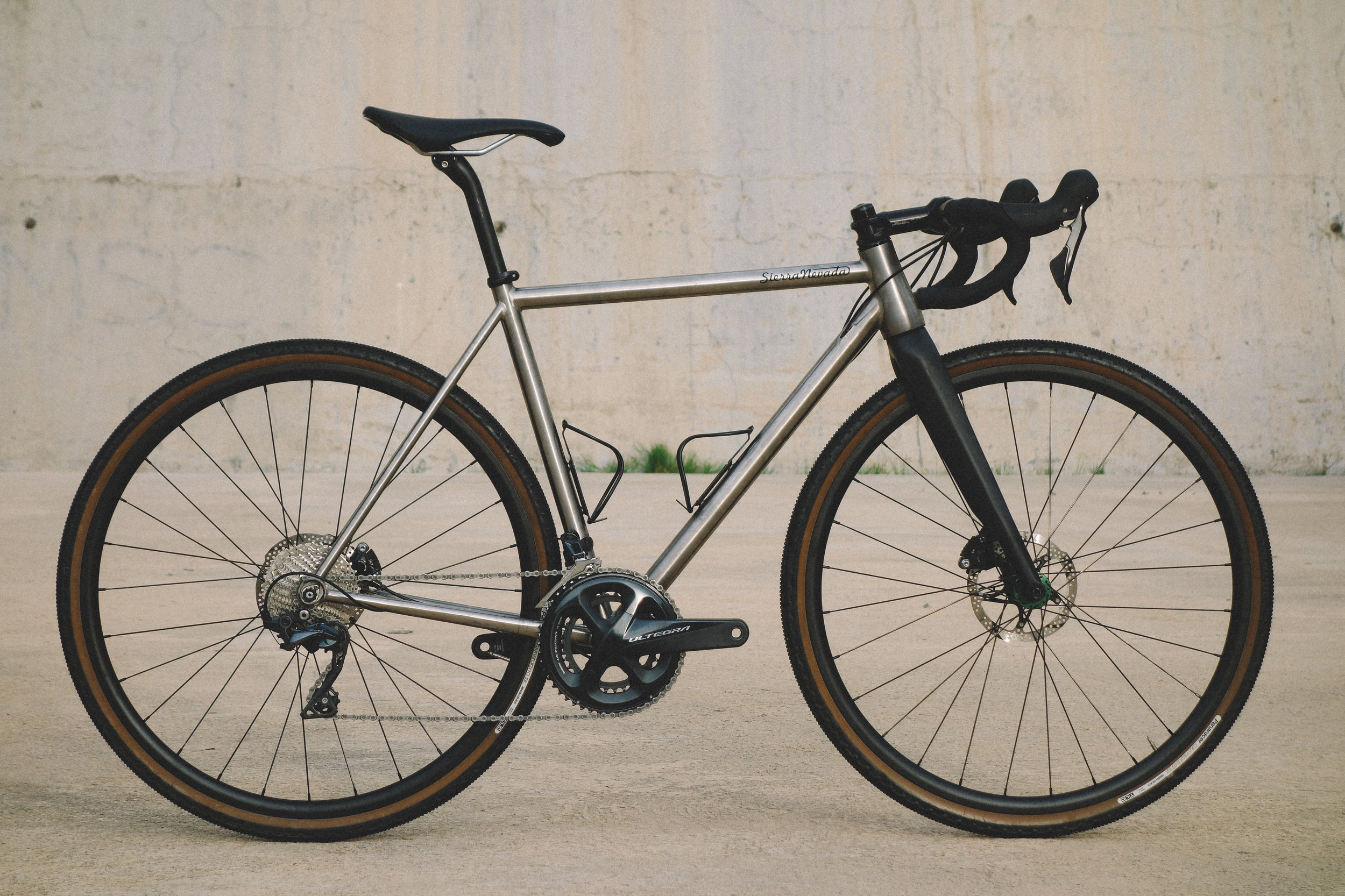 CUSTOM TITANIUM GRAVEL ALL ROAD BIKE