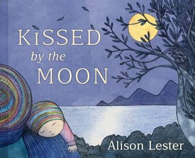 kissed by the moon 400x324.jpg