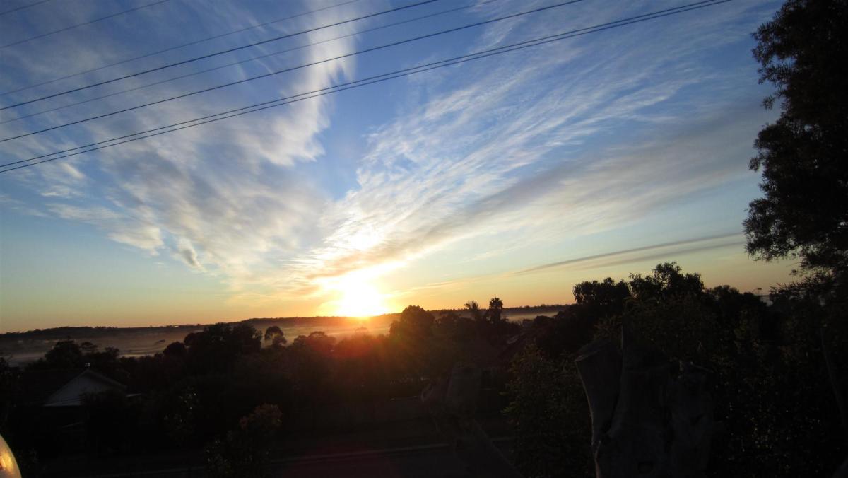 pretty sunset narrogin aug 2011.jpg