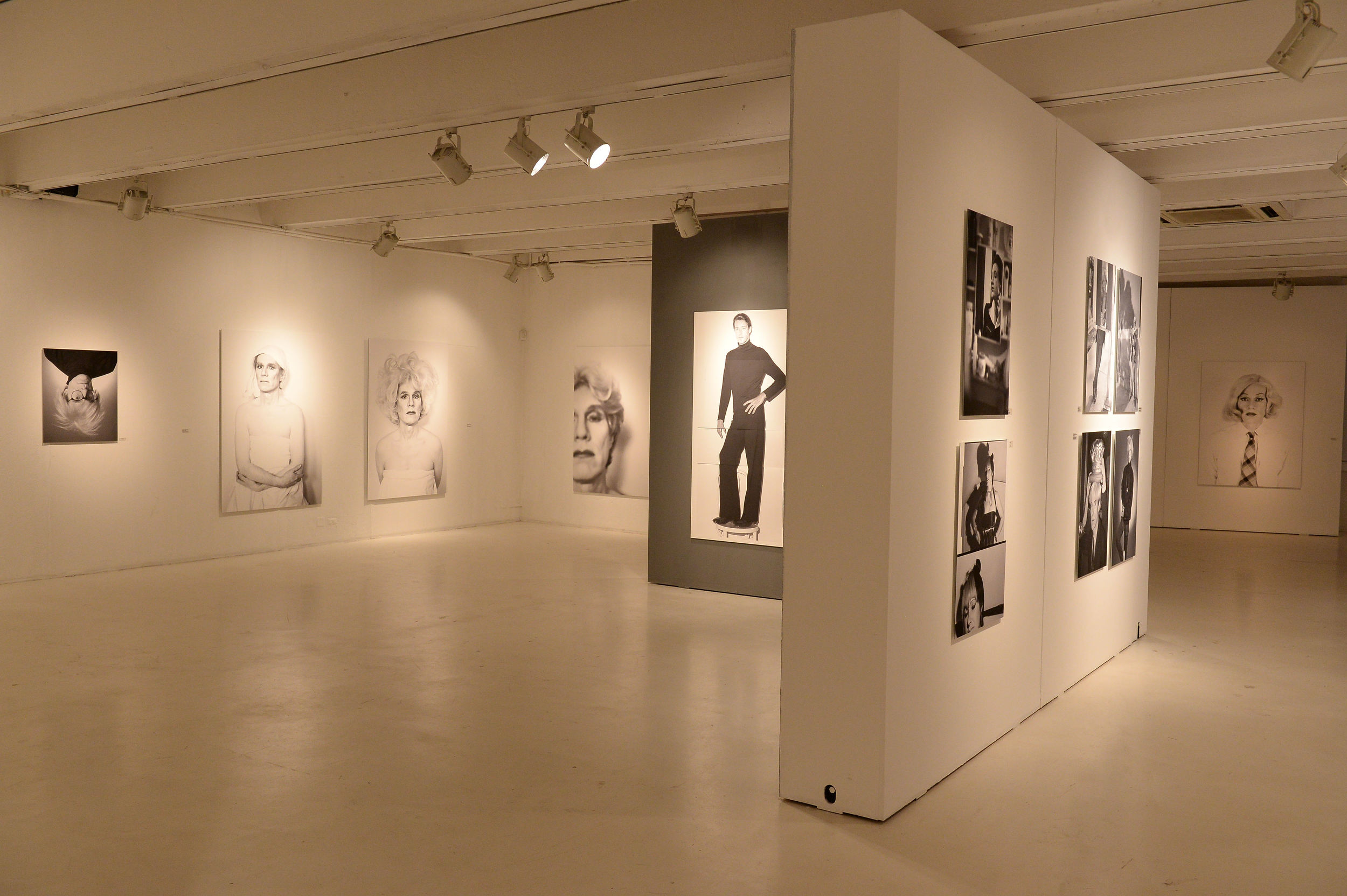 Altered Images by Christopher MAkos mostra.JPG