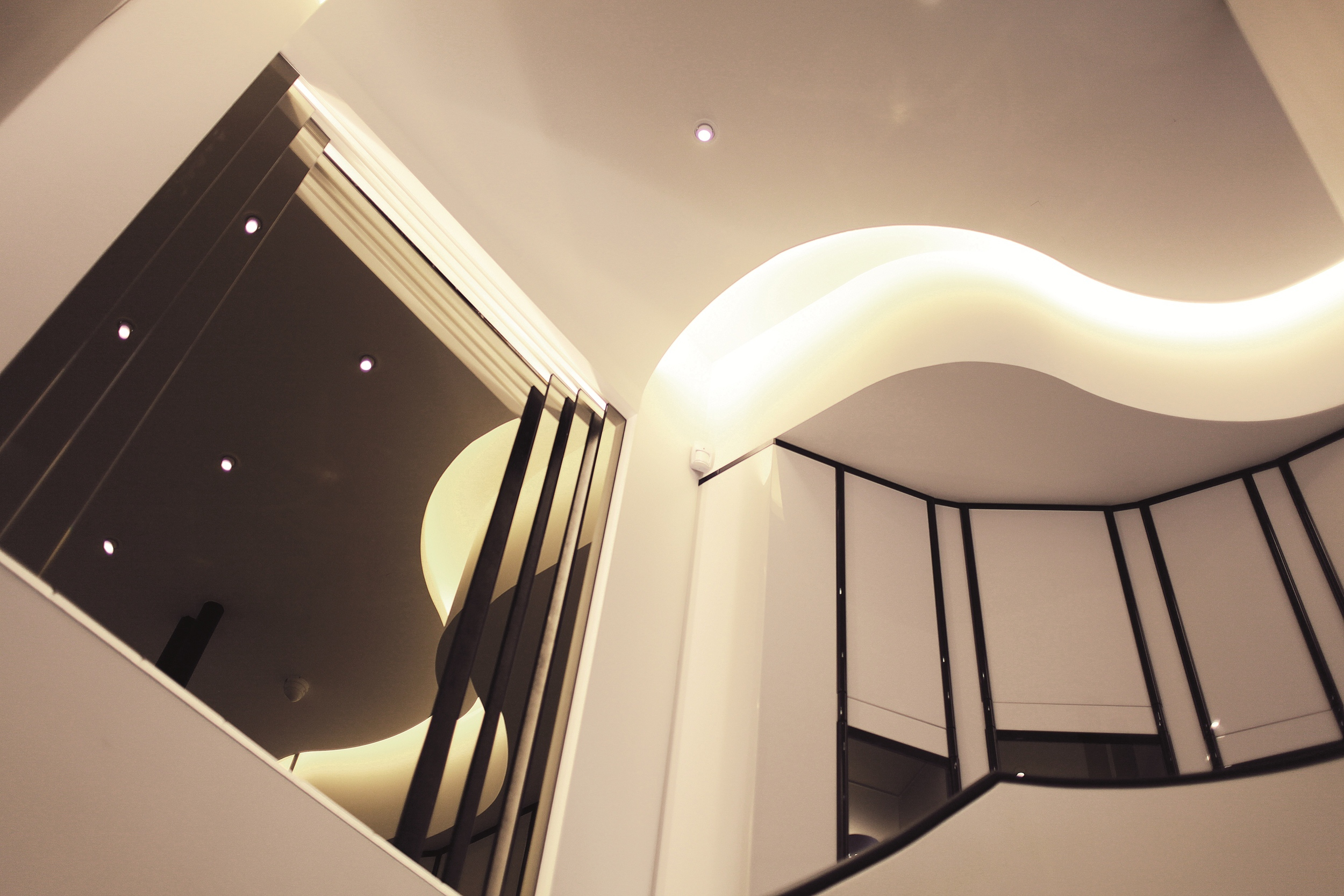 Boutique Lalique Joaillerie - Stairs 1.jpg