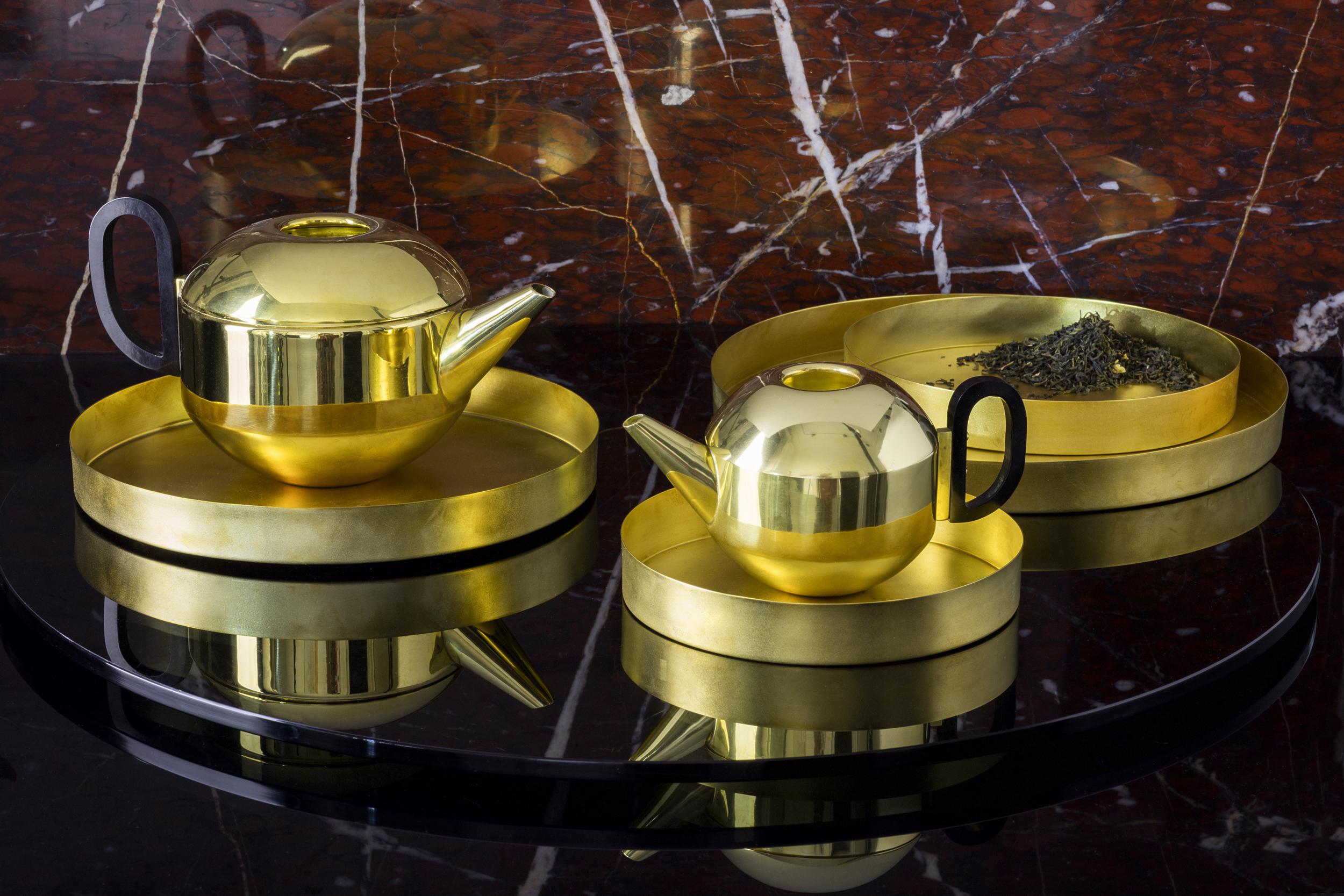 Form Tea Pot Mini.jpg