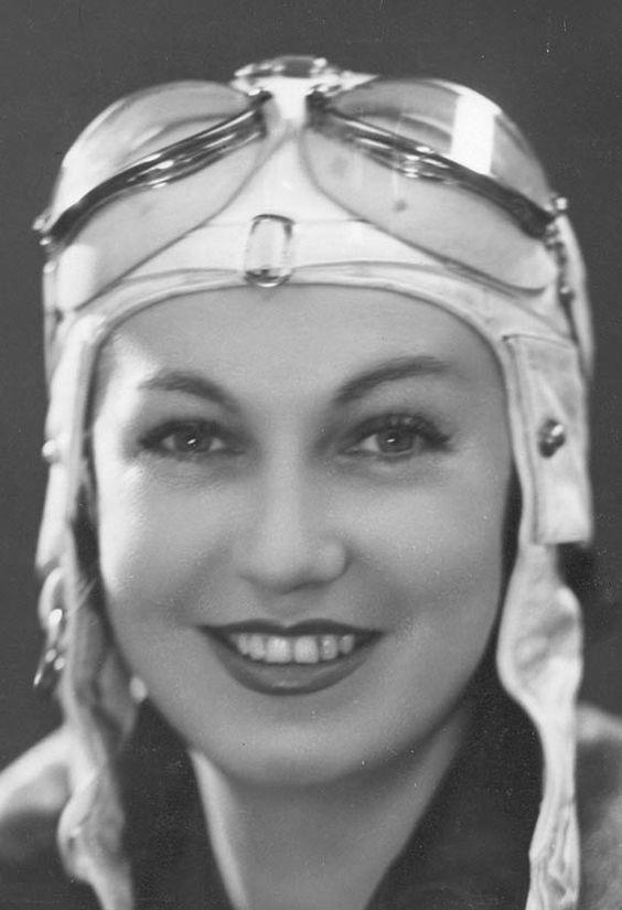 Odette Siko _circa 1932. Image via  here.