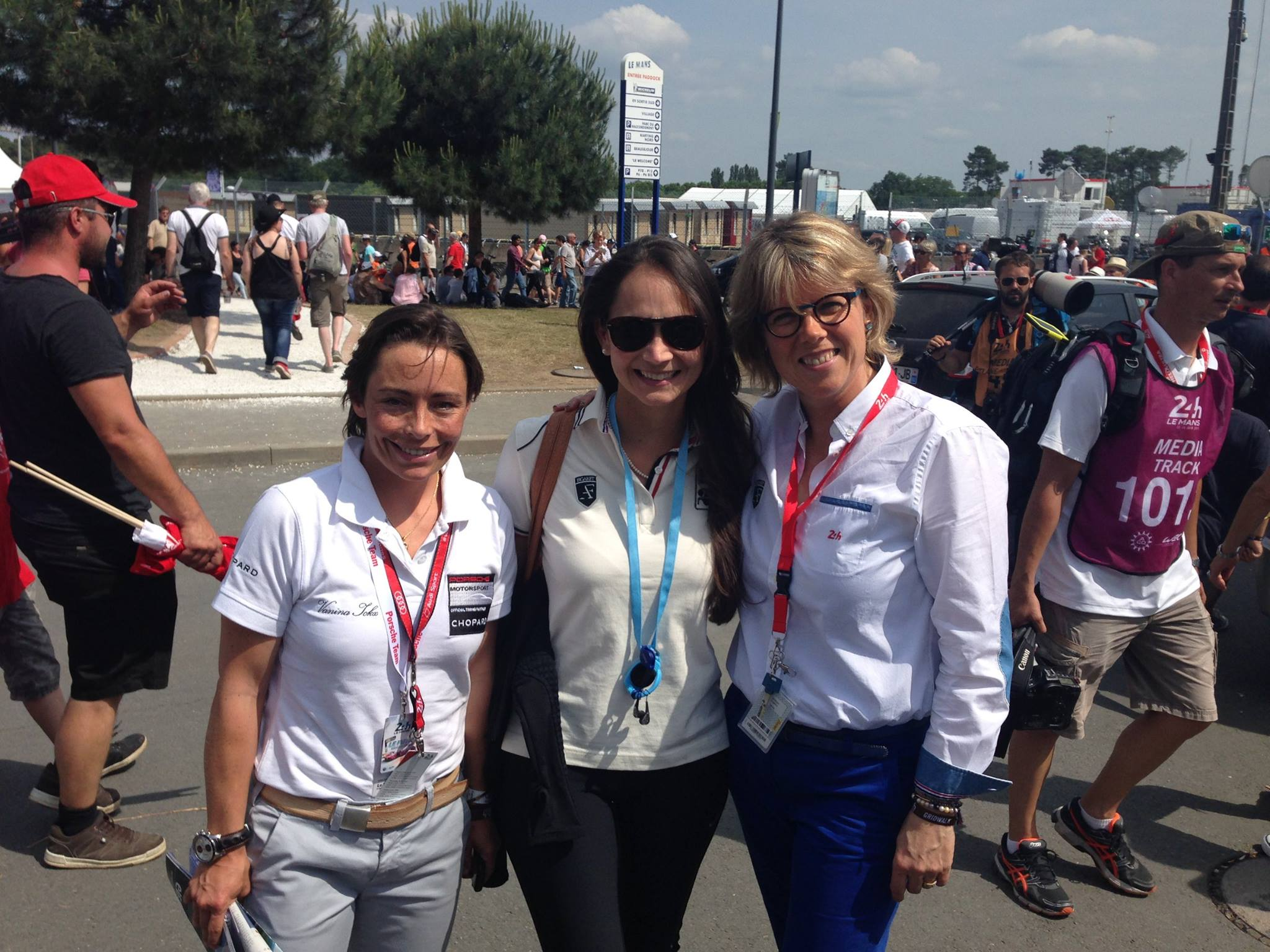 In 2015 we met Vanina Ickx briefly. Photo from own collection with Inge and Vanina.