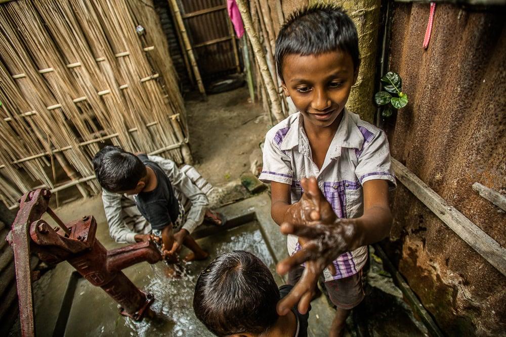 151213-bangladesh-estey-0329-web.jpg