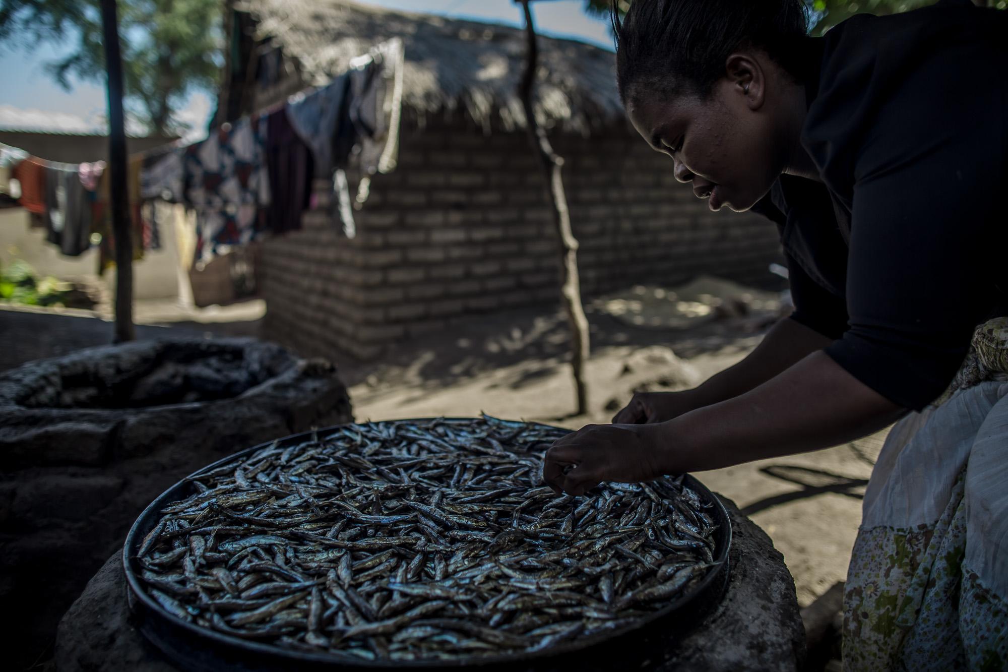 Stella Banda smoking Usipa fish