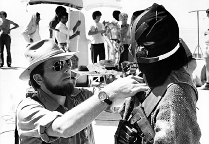 Producer Gary Kurtz adjusts the Jawa costume on one of his daughters before filming in Tunisia, 1976