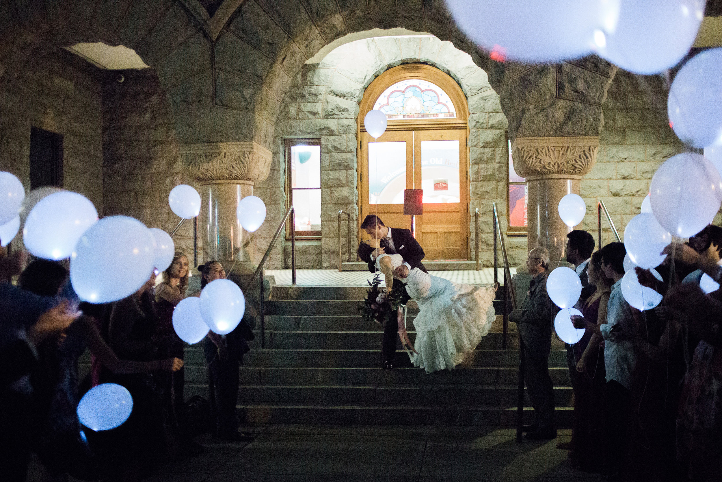 Balloon-Wedding-Sendoff-Lyons-Events
