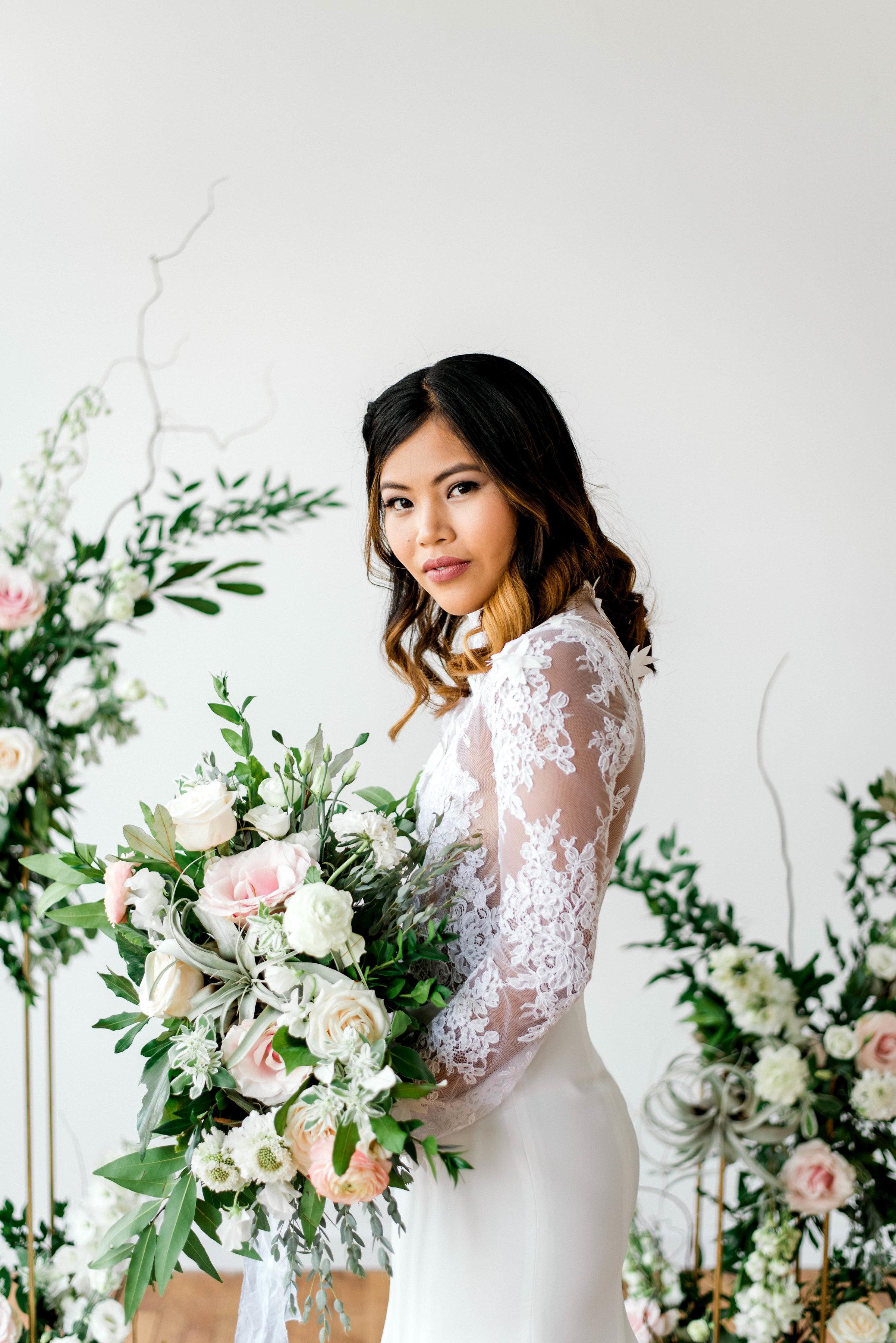 Lyons-Events-Elizabeth-Leese-Lace-Bridal-Gown-Wedding-Dress