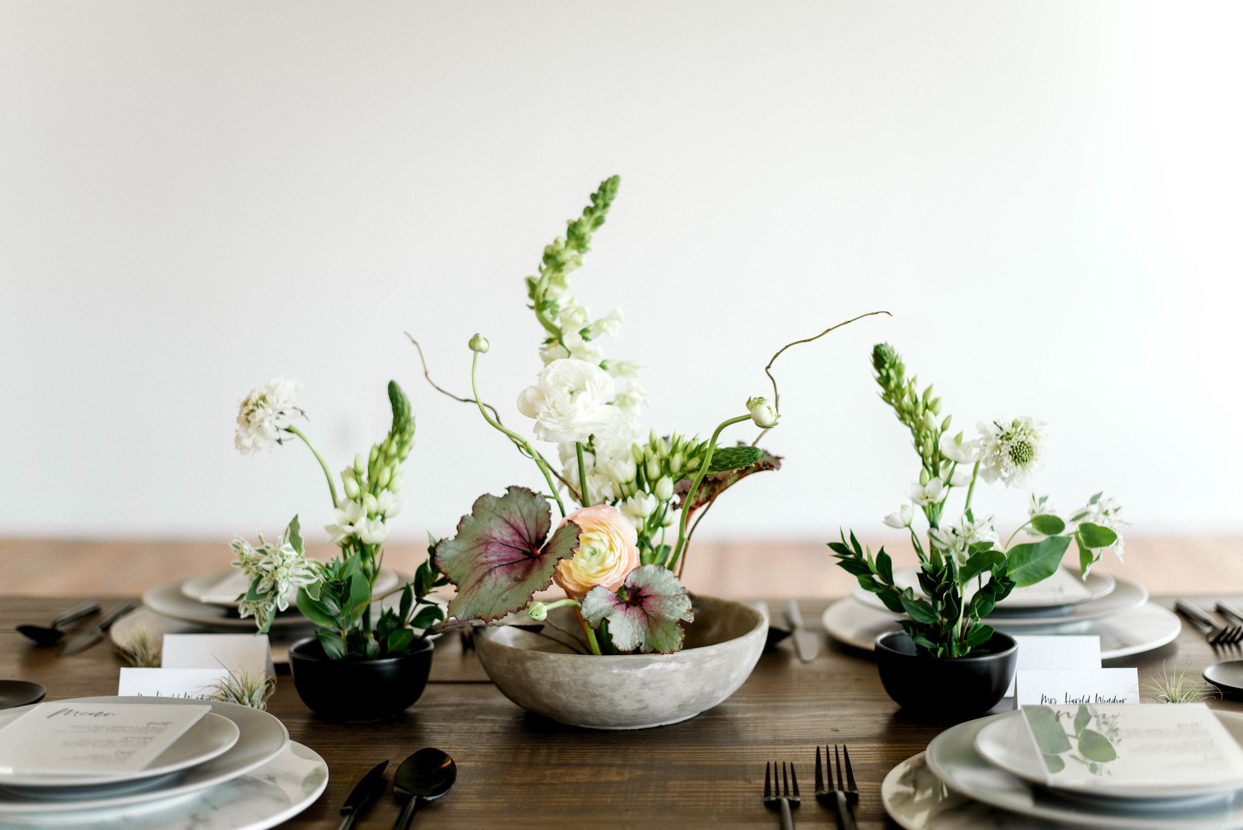Lyons-Events-Ikebana-Floral-Wedding-Centerpiece