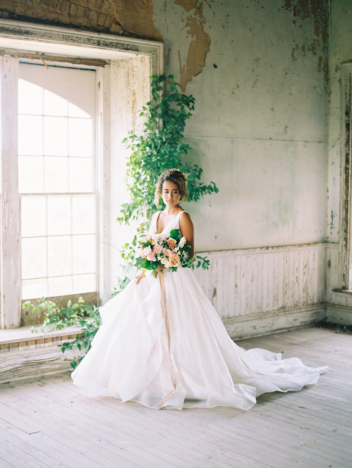 Trendy Bride Mag - Texture Inspired Shoot