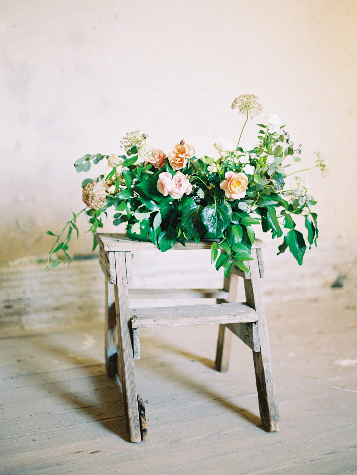 Lyons-Events-Coral-Wedding-Centerpiece-Inspiration