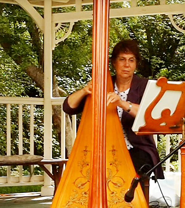 harpist5.jpg