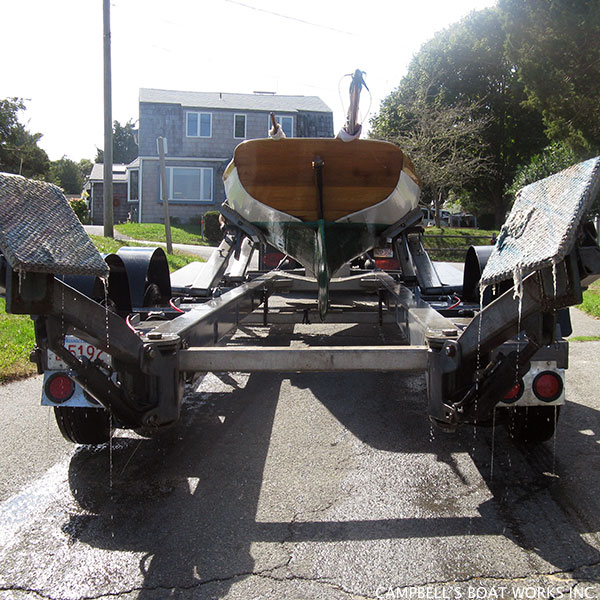 Hauling Out a 12 1/2 Herreshoff
