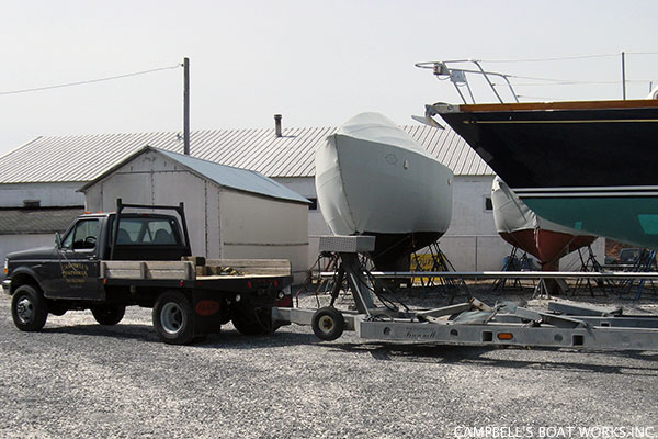 Boat Transport From Yard to Travel Lift