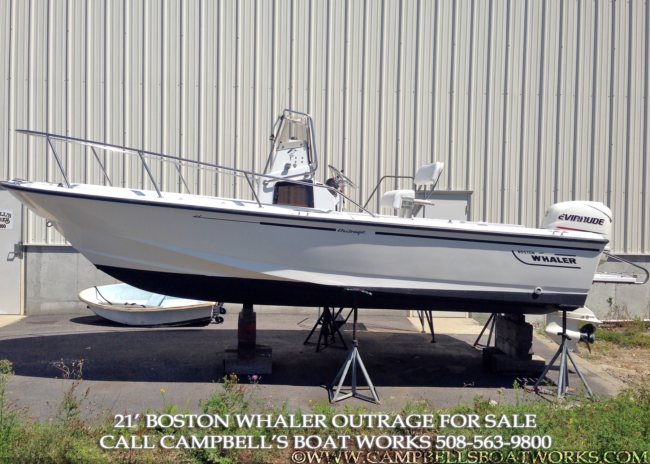 21 Boston Whaler Outrage — Campbell's Boat Works Inc