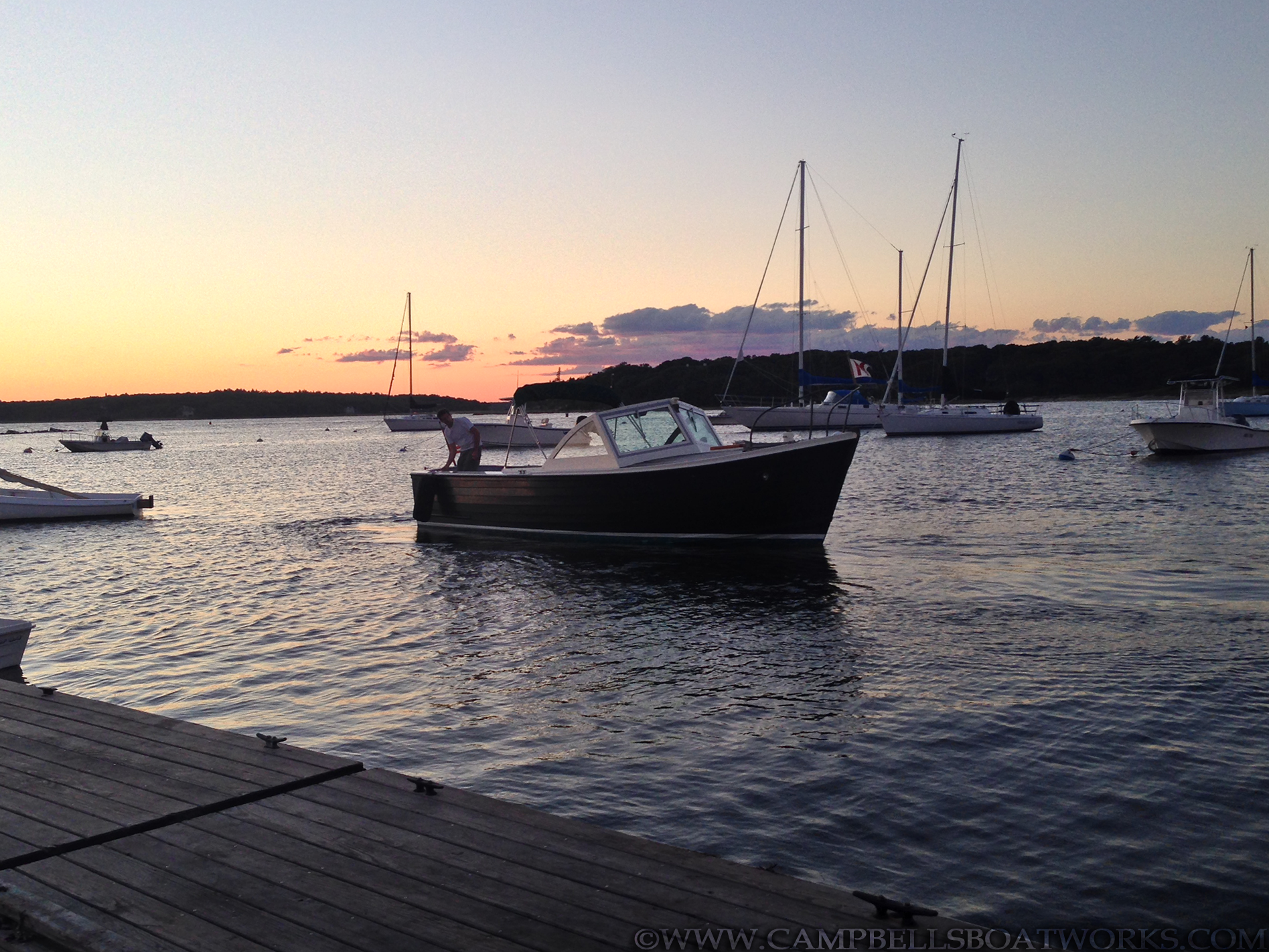 26-mackenzie-cuttyhunk-classic-downeast-diesel-boat-for-sale.png