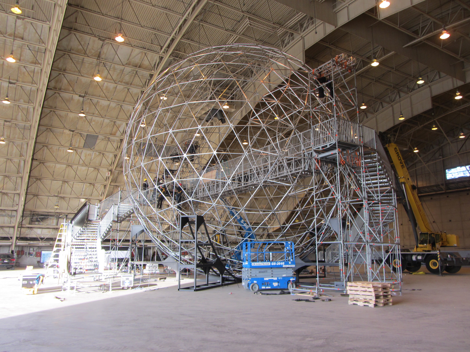 Test build in CA - Completed geodesic & bridge with stair structures