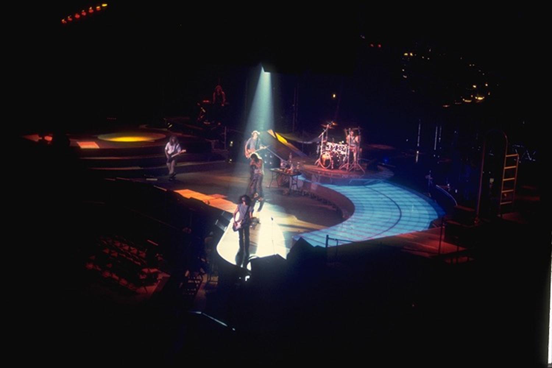 Aerosmith -  Pump Tour - Backlit drum riser track