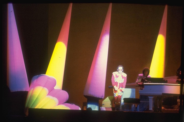 Elton John - European Tour 1985 -  Internally lit inflatable set