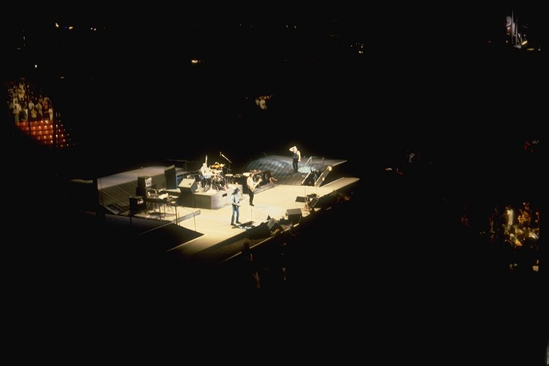 U2 -  Joshua Tree Tour - Indoor Set