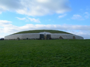 Newgrange.JPG