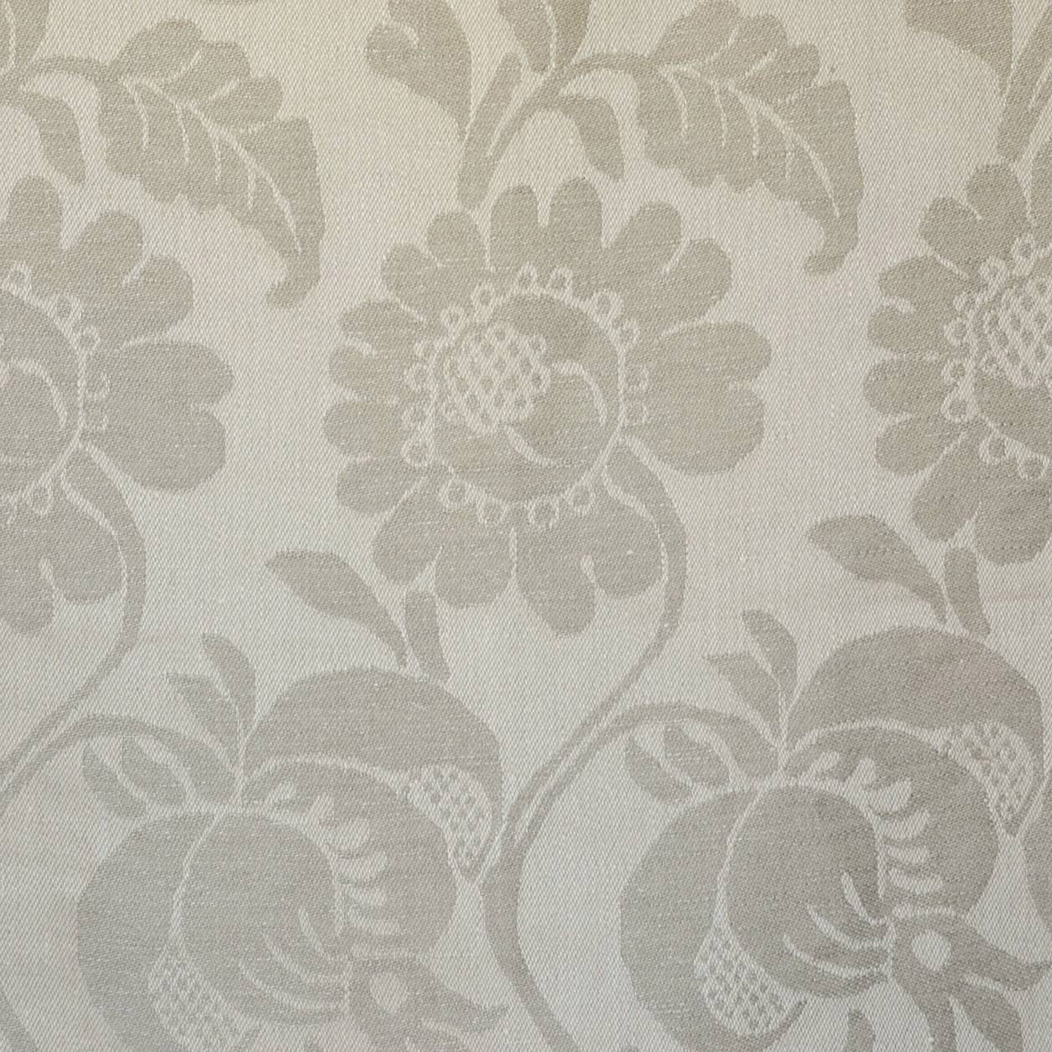 <p><strong>ONSLOW REVERSE</strong>beige 2200-03<a href=/collection-5/onslow-reverse-beige-2200-03>More →</a></p>