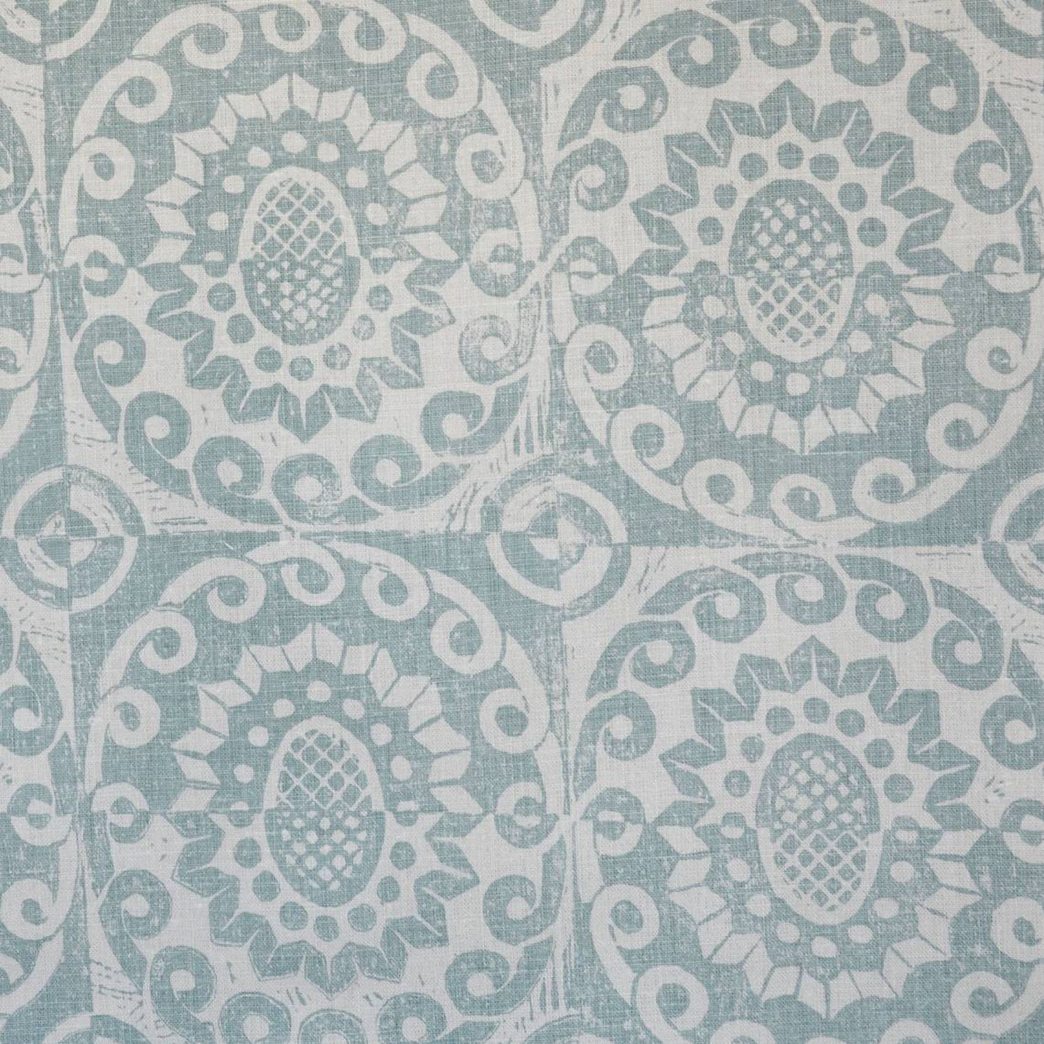 <p><strong>PINEAPPLE</strong>aqua/oyster 3000-01<a href=/the-peggy-angus-collection/pineapple-aqua-oyster3000-01>More →</a></p>