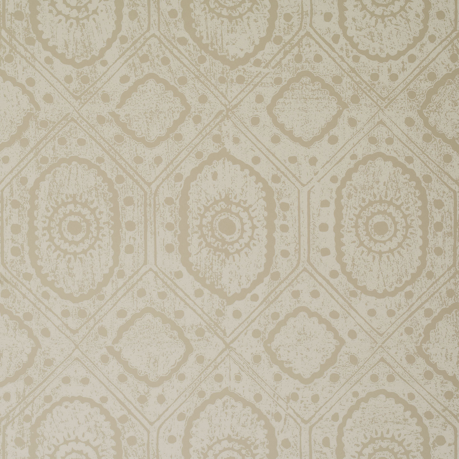 <p><strong>DIAMOND</strong>cream 900-06<a href=/the-peggy-angus-collection/diamond-cream-900-06>More →</a></p>