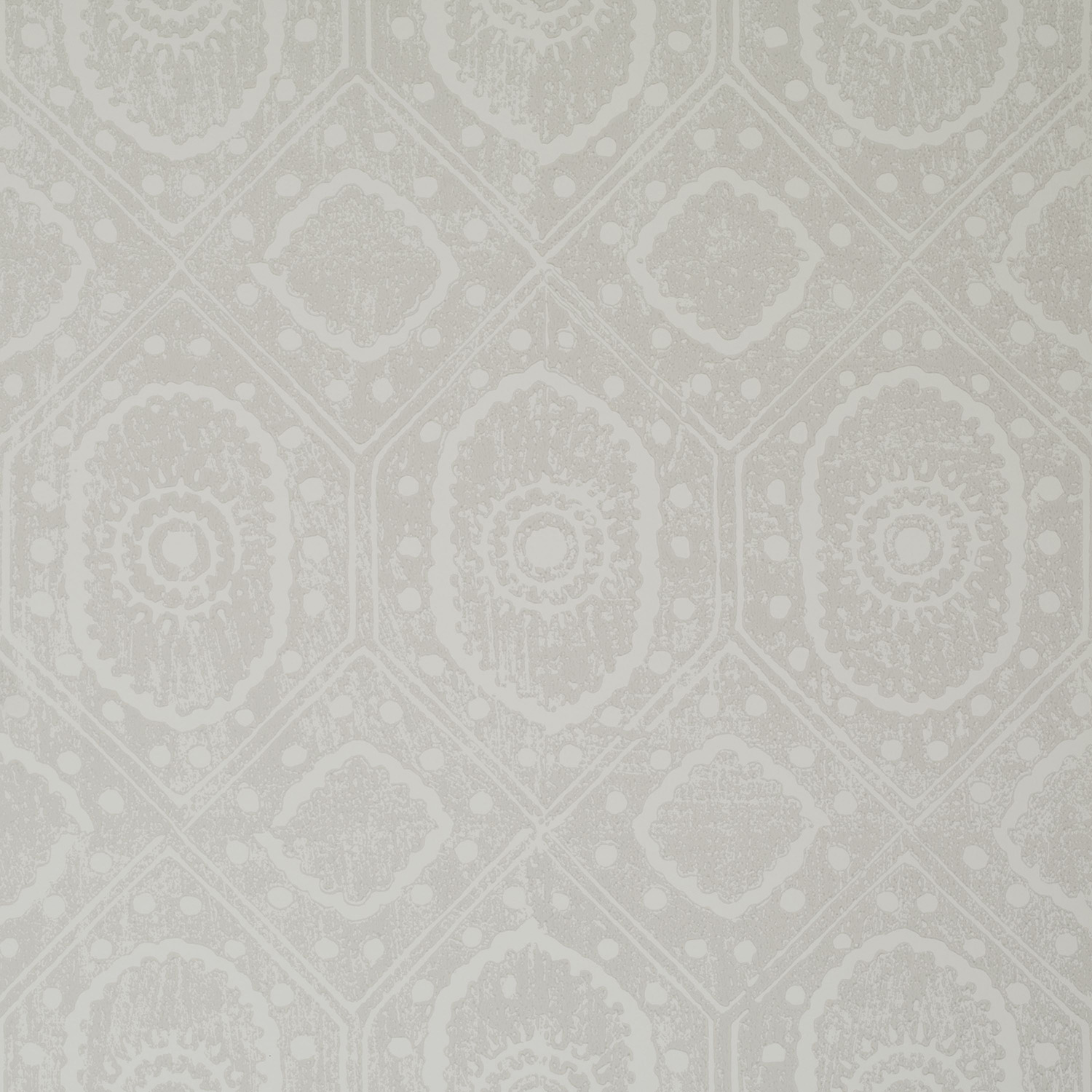 <p><strong>DIAMOND</strong>mist 900-04<a href=/the-peggy-angus-collection/diamond-mist-900-04>More →</a></p>