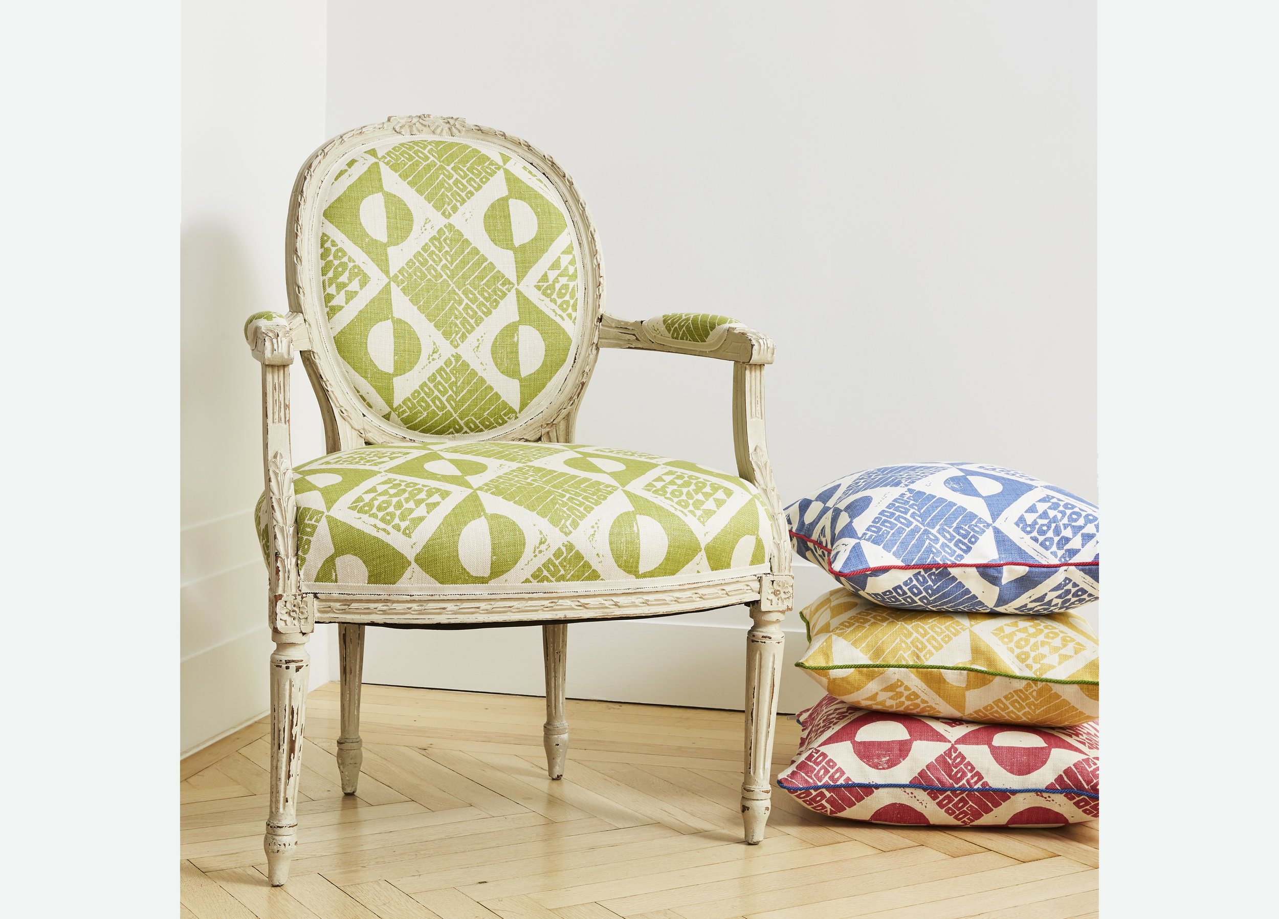 Blithfield_circles&squares_chair_cushions_Horizontal.jpg