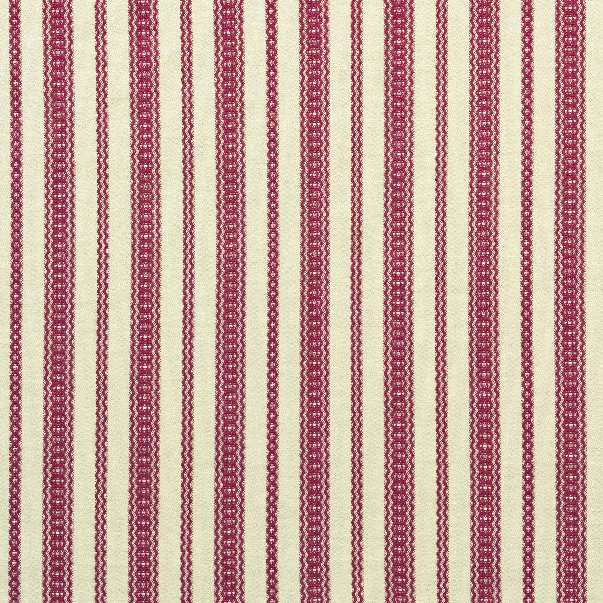 <p><strong>PAYSON</strong>red 1713-06<a href=/the-brooke-collection/red-1713-06>More →</a></p>